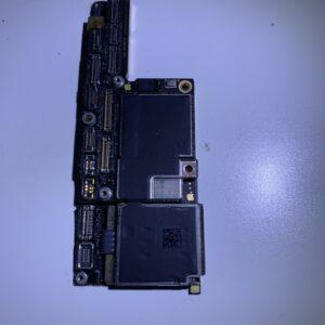 iPhone X - płyta główna